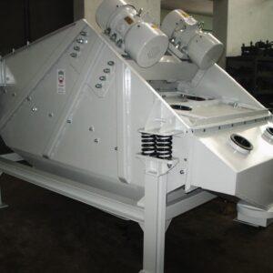 przesiewacz-wibracyjny-liniowy-bezwladnosciowy-typ-2pwb-12