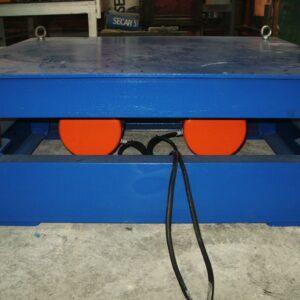 stol-wibracyjny-typ-sw-01